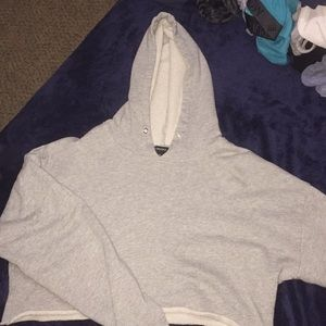 GRAY CROPPED HOODIE FOR FALL!!! ❤️❤️